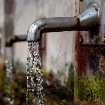 #LoSaiChe | Bere acqua del rubinetto fa male?