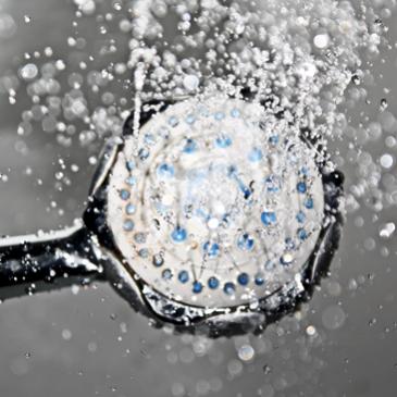 Come liberare lo scarico della doccia? Ecco alcuni consigli.